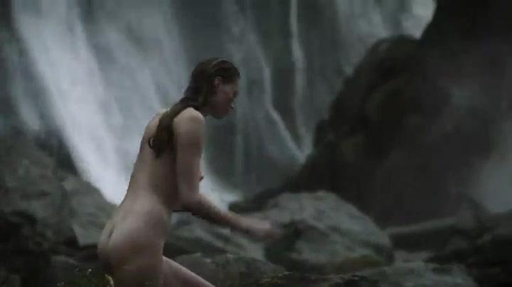 Vikings nude scene