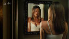 Jennifer-Aniston-The-Breakup-sexy-nude-scenes.mp4 thumbnail