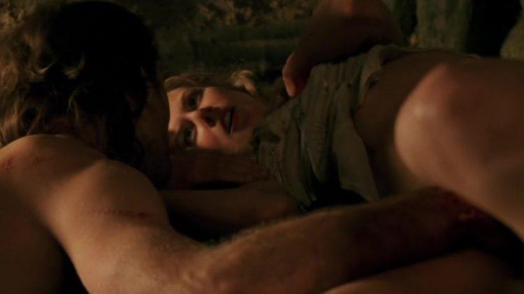 Sex scene – Cold Mountain (2003)