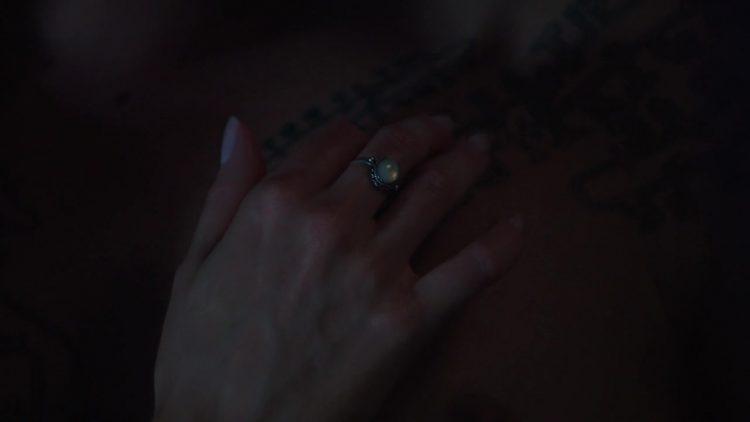 Nude scene – Dominion s01e02 (2014)