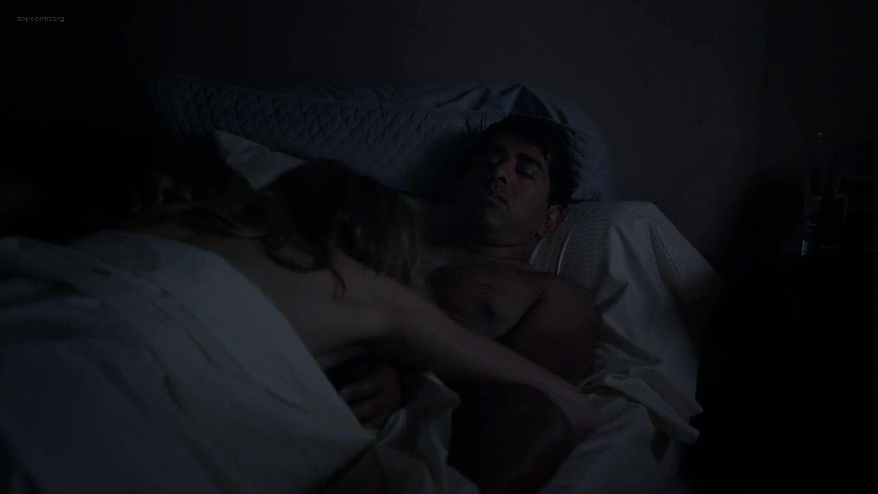 Sarah Chalke Sex Scene