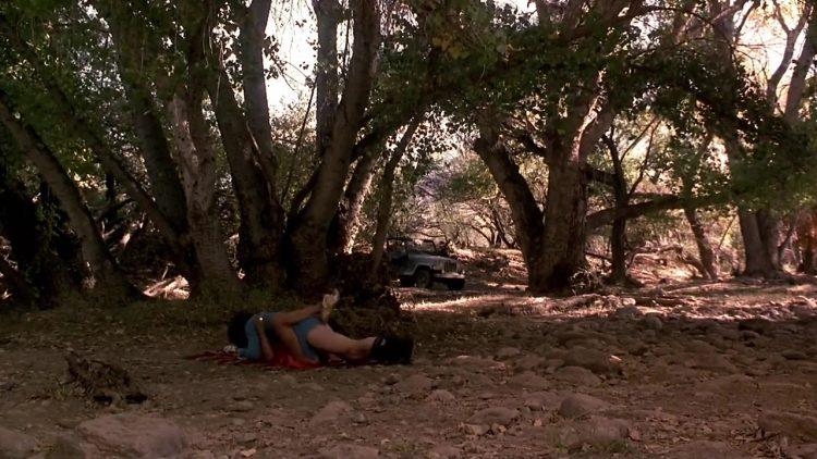 U Turn (1997) - Nude scene