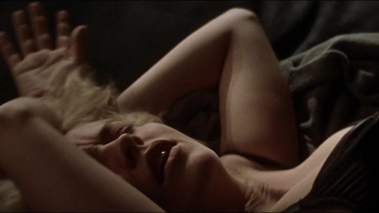 Sliver (1993) - Nude scene