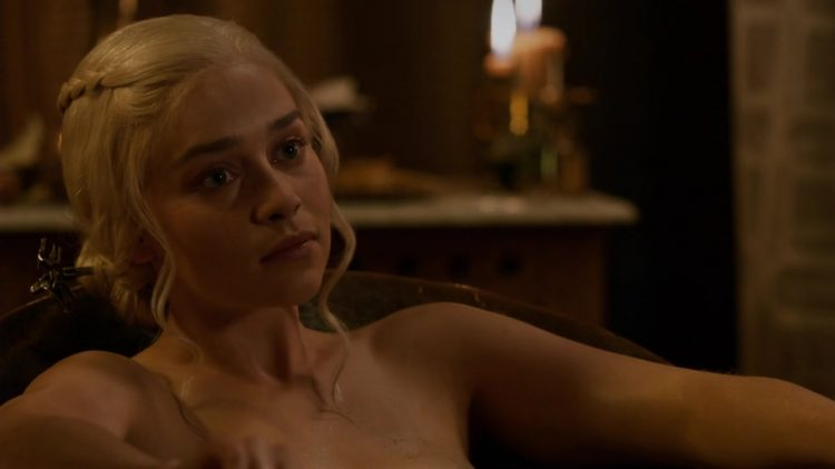 Naked - Game of Thrones s03e08 (2013)