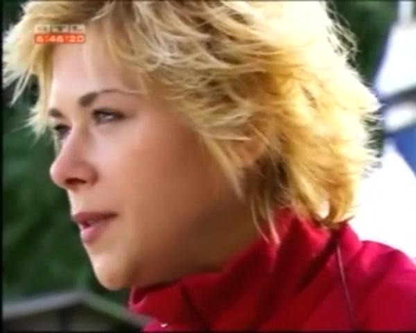 Tanja Szewczenko - Nackt im Playboy.mp4 - elktube.com