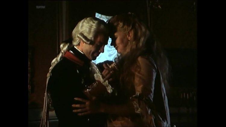 Sex scene - Catherine The Great (1996)