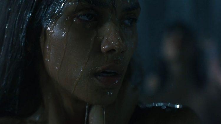Nude - Gothika (2003)