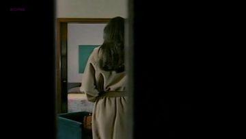 Naked - La riffa (1993)