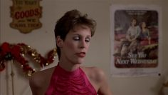 Jamie-Lee-Curtis-topless-Trading-Places-1983.mp4 thumbnail