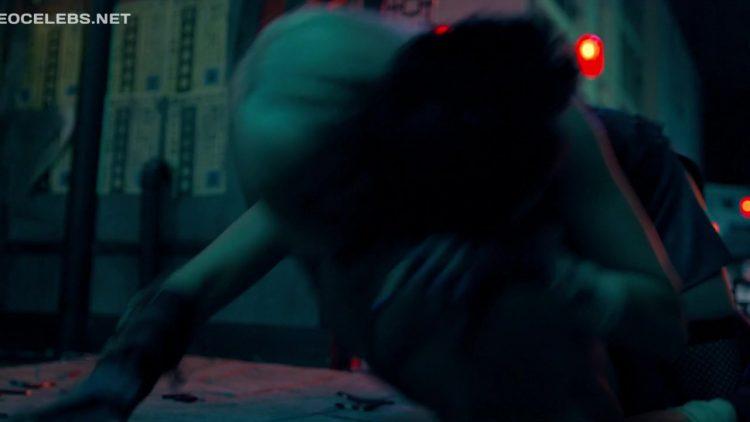 Sex scene - Black Mirror s05e01 (2019)