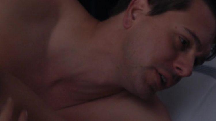 Nude & Sex scenes - I Smile Back (2015)