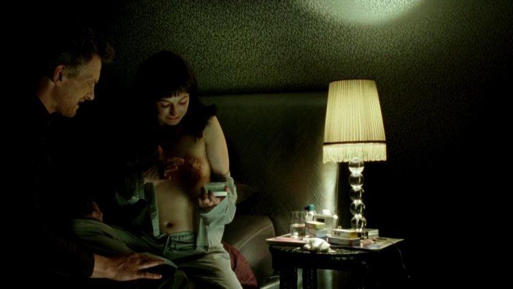 Nude - Komt een vrouw bij de dokter (2009)