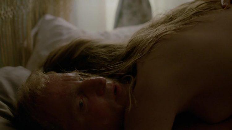 Nude - True Detective s01e06 (2014)