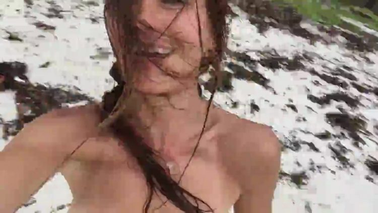 Bilder rhona mitra nackt Rhona Mitra