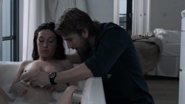 Nude scenes - The Happy Housewife (2010)