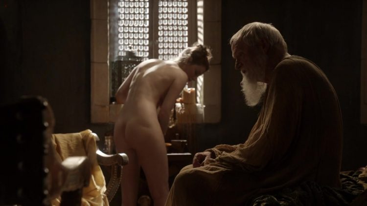 Nude - Game of Thrones s01e10 (2011)