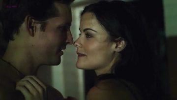 Sex scene - Loosies (2012)
